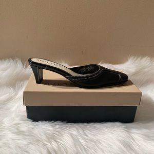 Apostrophe Size 6.5 M Black Heels Leather Heel 2.5